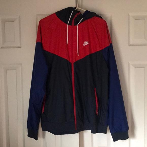 8d51f13451 Nike Windrunner Jacket - Men s (XL). M 5ac7db6284b5ce26cd6c15c6